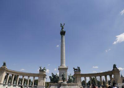 Budapest - Plaza de los Heroes011