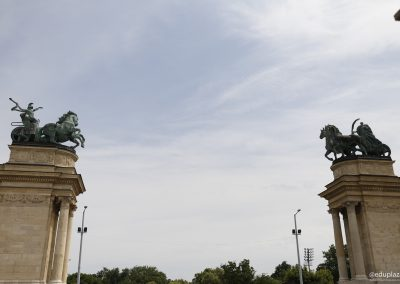 Budapest - Plaza de los Heroes027